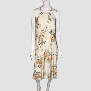 Willow and Clay Cream Floral Maxi Dress Size M